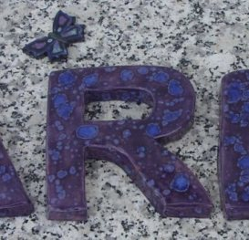 garden-letters-height-12cm-close-up
