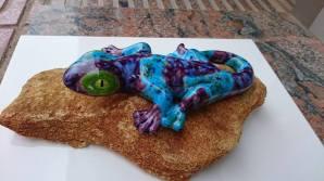 gecko-blue-celestial-on-rock-1