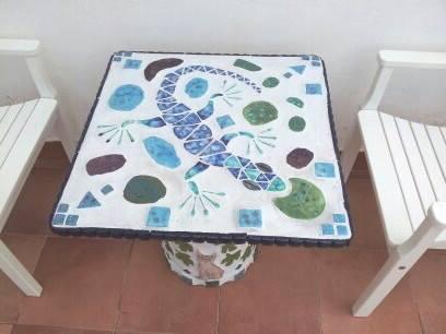 Kitty Table 4