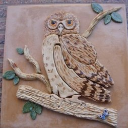 little-owl-on-tile
