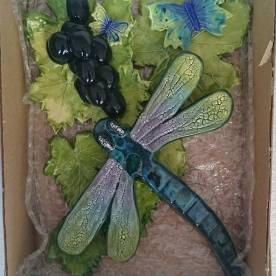 dragonfly-and-grape-gift-box-set