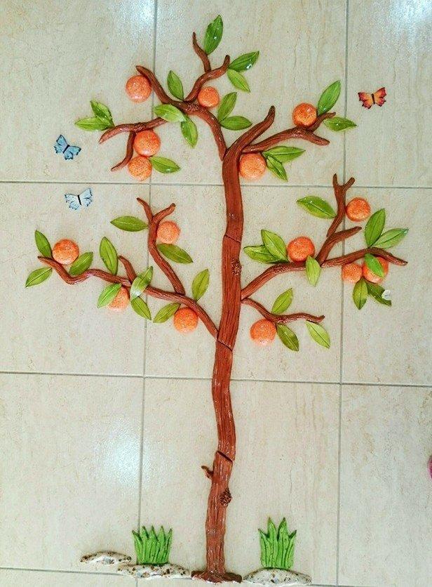 orange-tree-with-bumble-bee